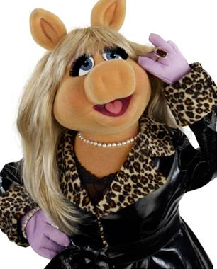 Fashion Tips from Miss Piggy
